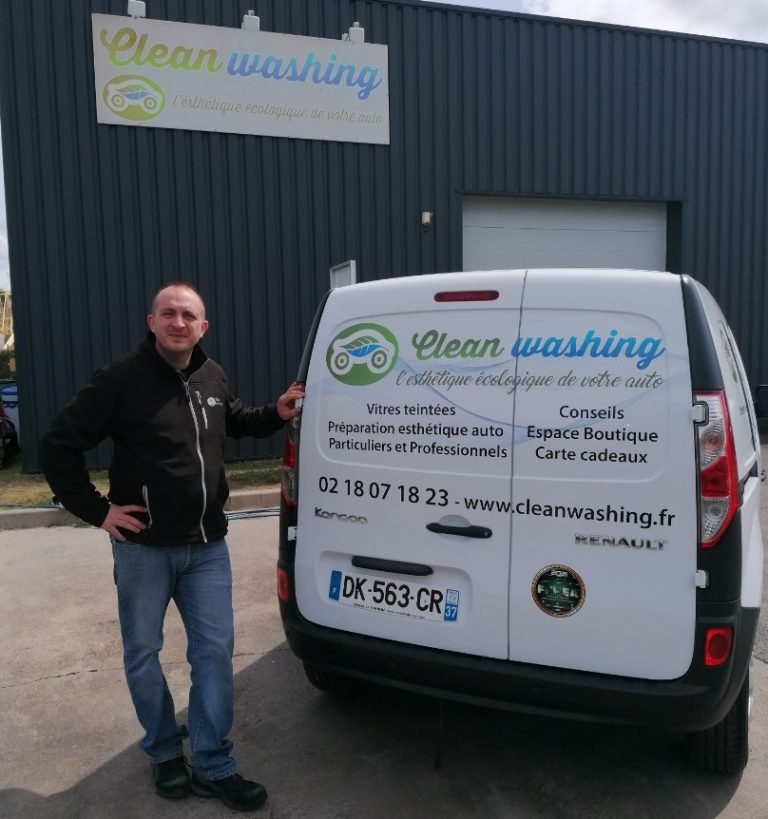 Read more about the article Quand Clean Washing passe dans AUTO-MOTO !